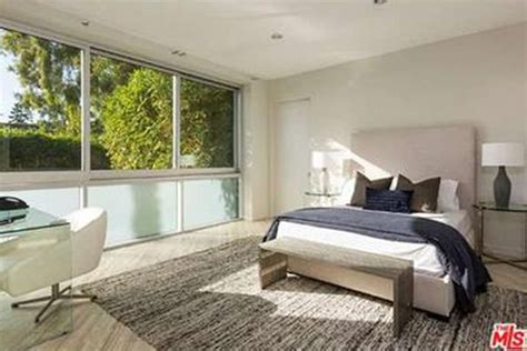 Harry Styles: 2016 Brings A New House Off The Sunset Strip