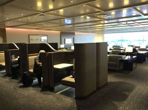 Lounge Review: Singapore Airlines SilverKris business