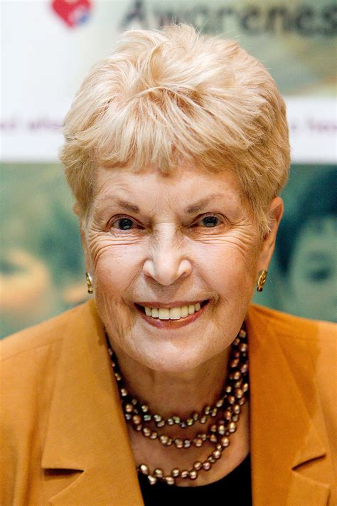 Ruth Rendell, Crime and Mystery Writer, Dies at 85