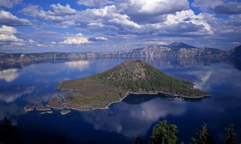 Wizard Island, Crater Lake OR - AllTrips