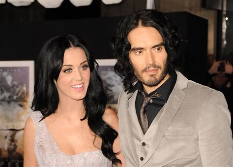 Russell Brand 'engaged' to pregnant girlfriend Laura