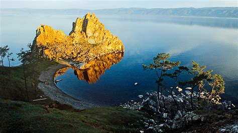 12 archive photos showing the history of Lake Baikal
