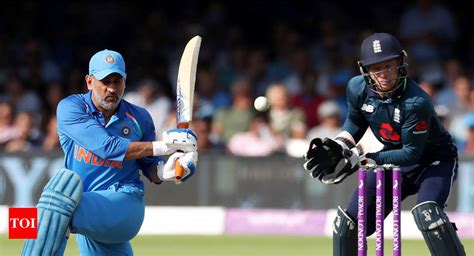 MS Dhoni becomes second wicketkeeper to score 10,000 ODI